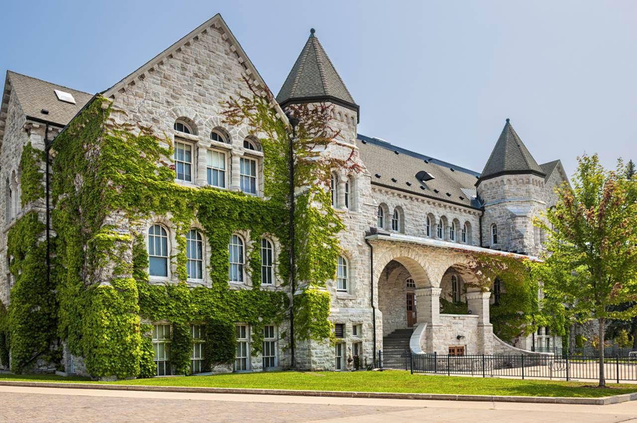 queen's university ontario hall